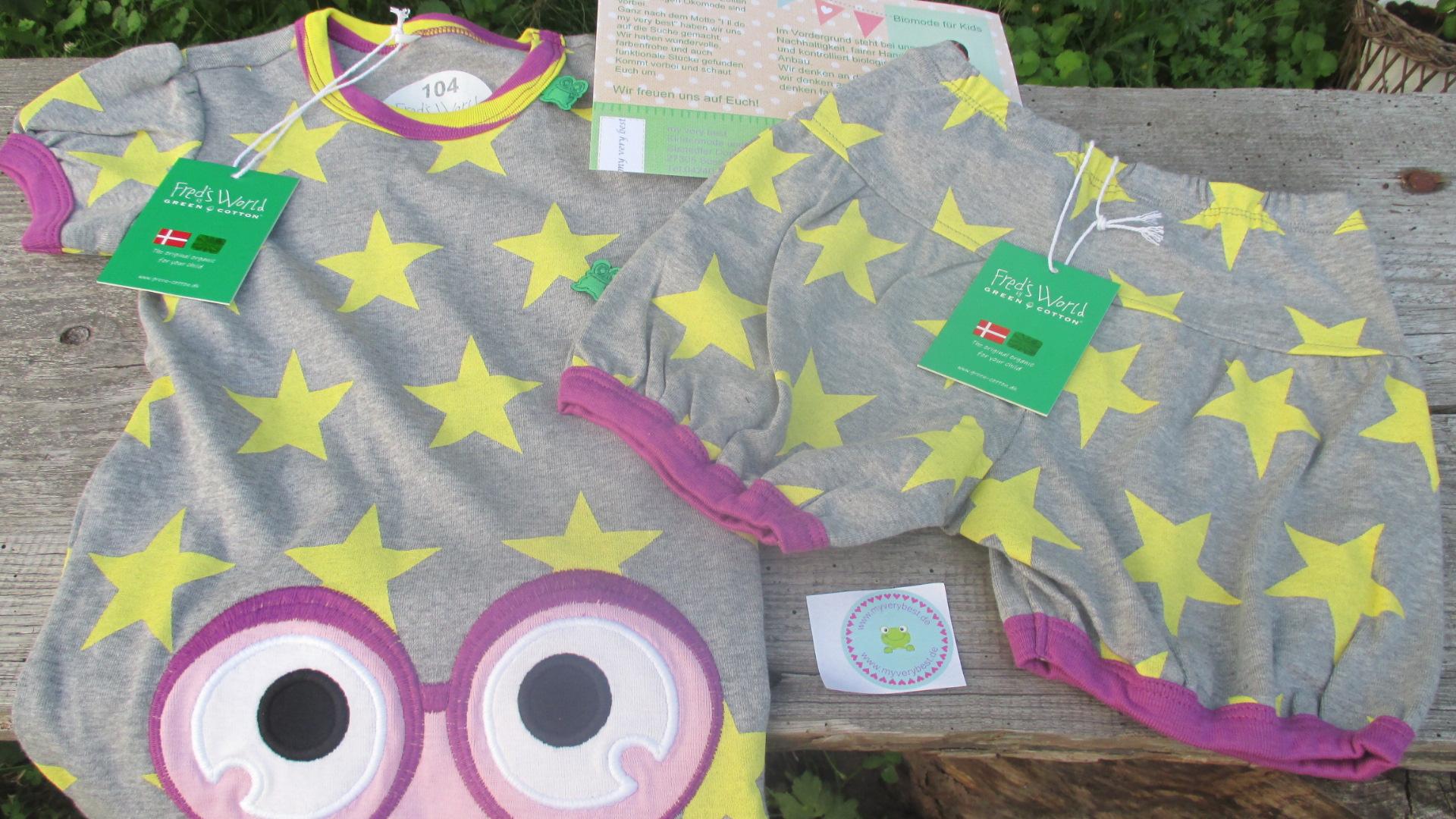 Sternenmädchen in schönster Kinderkleidung